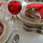 st-valentine-red-white-table-setting1-8.jpg