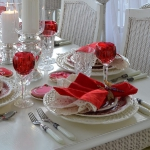 st-valentine-red-white-table-setting1-9.jpg
