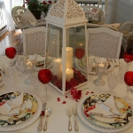 st-valentine-red-white-table-setting2-2.jpg