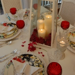 st-valentine-red-white-table-setting2-4.jpg