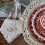 st-valentine-red-white-table-setting3-6.jpg