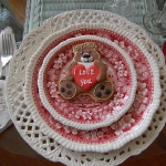 st-valentine-red-white-table-setting3-8.jpg