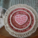 st-valentine-red-white-table-setting3-9.jpg