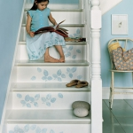stair-riser-and-steps-decorating-stenciling2.jpg