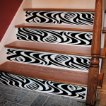stair-riser-and-steps-decorating-art-painting1.jpg