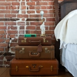 suitcase-and-trunk-as-bedside-table2-1.jpg