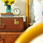 suitcase-and-trunk-as-bedside-table2-8.jpg