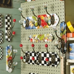 summer-collections-by-mackenzie-childs2-flower-market24.jpg