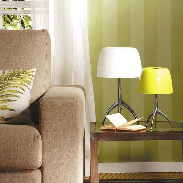 Настольные лампы в интерьере гостиной фото в городской квартире