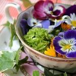 tea-cup-as-floral-vases5.jpg