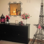 teen-room-in-love-paris-room1-2.jpg