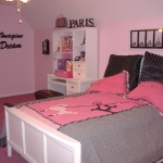 teen-room-in-love-paris-room6-1.jpg