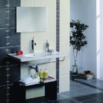 tiles-design-ideas-around-washbasin-stripes5-1.jpg