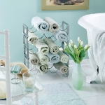 towels-storage-ideas-in-small-bathroom2-2.jpg