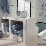 towels-storage-ideas-in-small-bathroom5-3.jpg