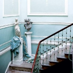 traditional-decor-for-foyer-composition5.jpg