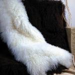 trendy-cozy-blankets-texture2-1.jpg