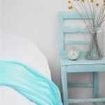 turquoise-and-white-in-bedroom3.jpg