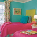 turquoise-and-pink-in-bedroom3.jpg
