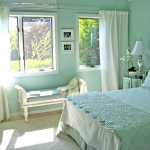 turquoise-wall-in-bedroom12.jpg