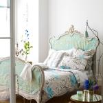 turquoise-headboard-in-bedroom3.jpg