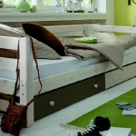 under-bed-storage-ideas1-8.jpg