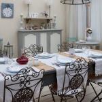 vintage-guest-house-in-florence-diningroom3.jpg