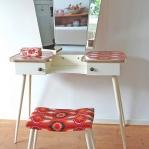 vanity-tables12.jpg