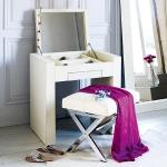 vanity-tables3.jpg