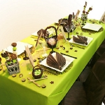 variation-green-table-sets2-1.jpg