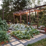 vegetable-garden-paths-ideas1.jpg