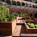 vegetable-garden-paths-ideas12.jpg