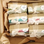 vintage-christmas-gift-wrapping1-7.jpg