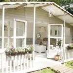 vintage-english-cottage1-3.jpg