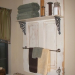 vintage-furniture-from-repurposed-doors3-2.jpg