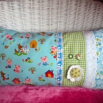 vintage-pillow-by-andreia5-1.jpg