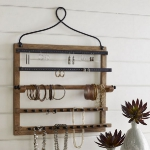 vintage-style-jewelry-holders-potterybarn8.jpg