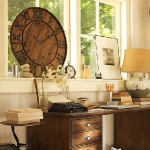 vintage-wall-clock-in-home-office1.jpg