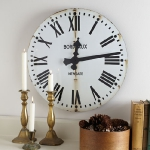 vintage-wall-clock-in-interior12.jpg