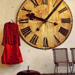 vintage-wall-clock-in-interior5.jpg