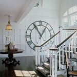 vintage-wall-clock-in-hallway6.jpg