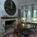 vintage-wall-clock-in-diningroom6.jpg