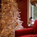 white-christmas-tree-beautiful-decoration1-3