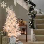white-christmas-tree-beautiful-decoration1-6