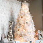 white-christmas-tree-beautiful-decoration2-4