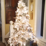 white-christmas-tree-beautiful-decoration2-7