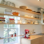 window-shelves-ideas-for-dinnerware2-2.jpg