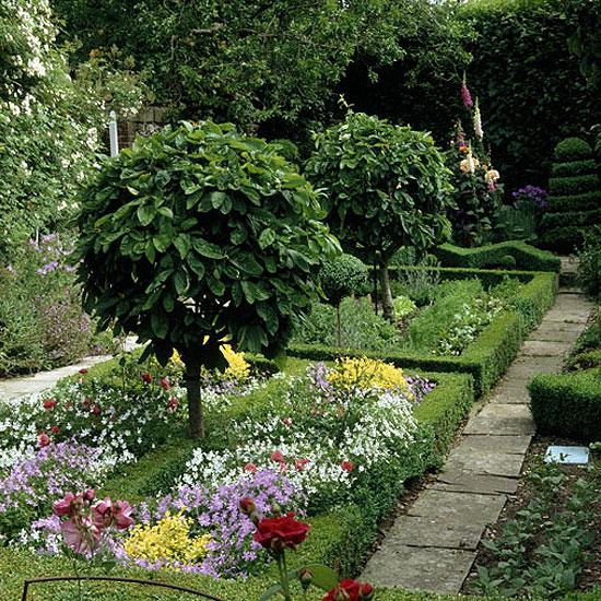 Сделать ваш сад красивым и необычным
