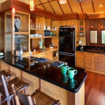 wonderfull-stories-from-hawaii-diningroom8.jpg