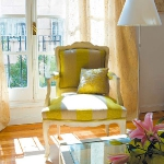 yellow-accents-in-interior-furniture7.jpg
